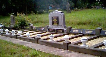 Grove Colliery Graves