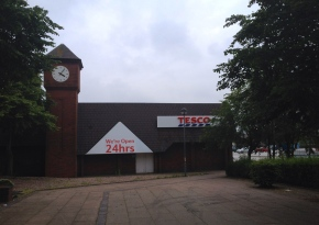 Tesco Brownhills - New Sign 001